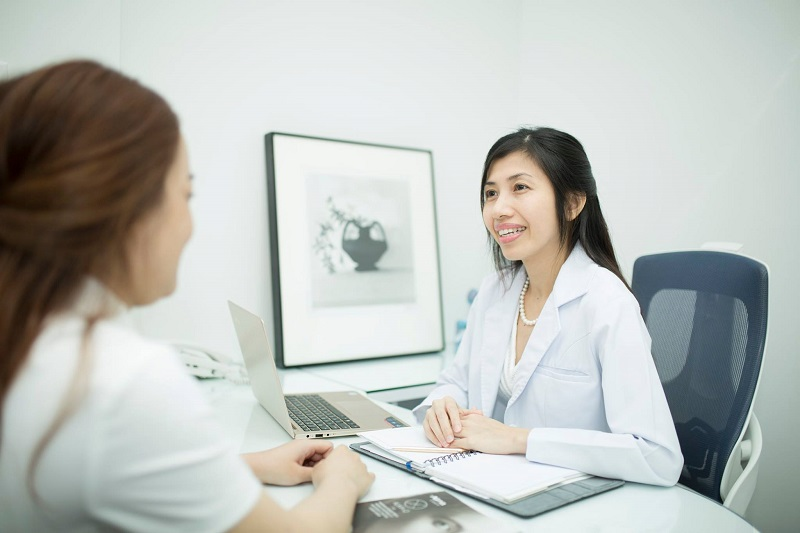 Điều trị mụn trứng cá dứt điểm cùng bác sĩ da liễu Hun Kim Thảo