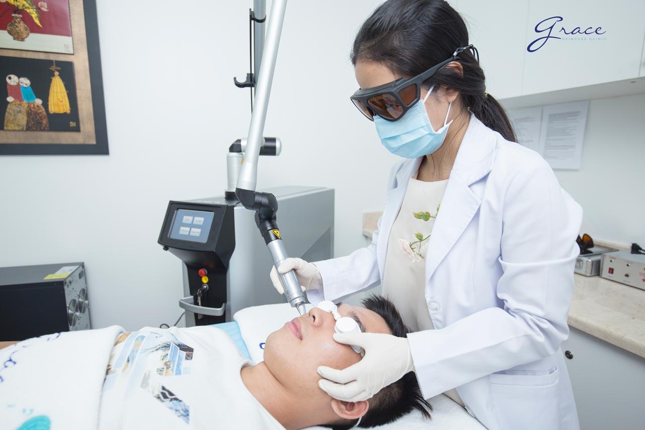Trị da mặt mỏng nổi gân máu tại Grace Skincare Clinic