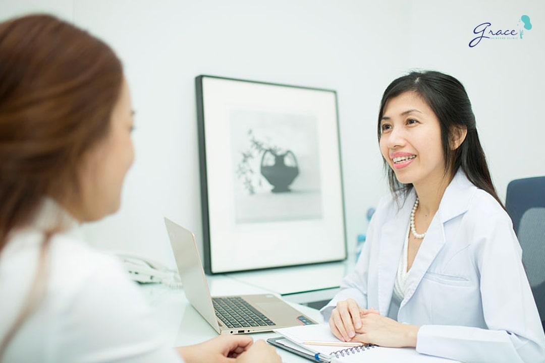 bác sĩ hun kim thảo tư vấn điều trị nám bằng laser